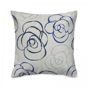 Capa de almofada floral azul e cru