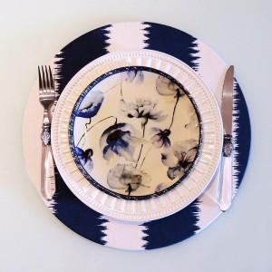 Capa para sousplat listrado azul marinho com off white