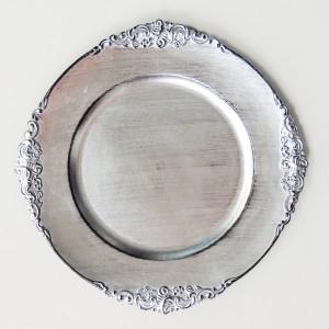 Sousplat redondo prata com arabesco preto