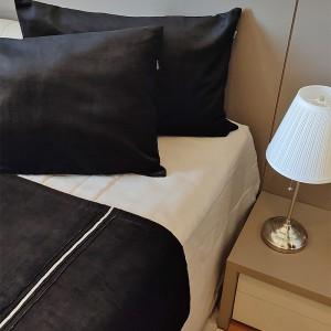 Kit Manta veludo preto + porta travesseiro